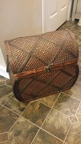 Pier 1 / Brown / Wicker Bombay Chest in Fort Campbell, Kentucky