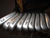 TaylorMade ICW 11 Clubs 3 to Sand Green Dot Flex Twist Graphite Shafts in Naperville, Illinois