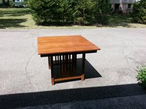 Table. Shaker style in Beaufort, South Carolina