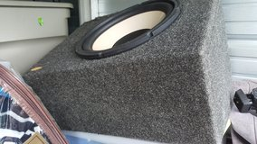"""Infinity Single 12"""" Enclosed Subwoofer box (Price Reduced) in Fort Campbell, Kentucky"""