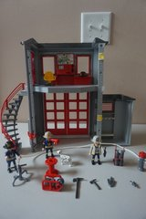 Playmobil Fire Rescue Station w/ Truck in Plainfield, Illinois
