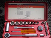 23 pc. socket set SAE in Glendale Heights, Illinois