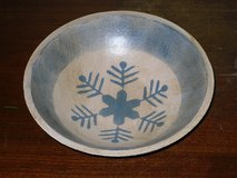 "wooden snowflake bowl 8-1/4""W in St. Charles, Illinois"