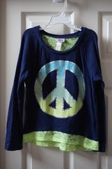 Girls Justice Navy/Neon Peace Shirt Size 7 in Plainfield, Illinois