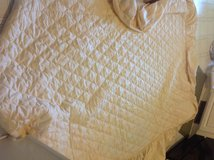 Beige Bed Spread  Full in Fort Campbell, Kentucky