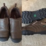 Boys size 2.5 Eastland shoes in Fort Benning, Georgia