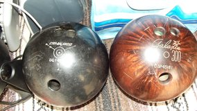 BOWLING BALLS in Yucca Valley, California