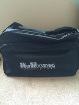 Used Travel Bag in Chicago, Illinois