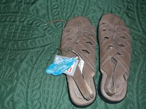 COBBIE CUDDLERS TAN SANDALS 6 1/2 WIDE in Alamogordo, New Mexico
