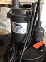 Flotec 1/2HP Submersible Sump Pump in Schaumburg, Illinois