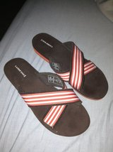 Lands' End Sandals Size 9M in Joliet, Illinois