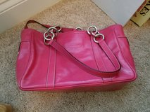 Pink leather Coach purse in Warner Robins, Georgia