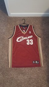 Cleveland jersey size L in Camp Lejeune, North Carolina