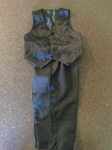 Boys suit Size 2T in Fort Polk, Louisiana