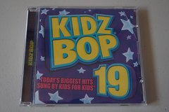 KIDZ BOP 19 CD in Chicago, Illinois