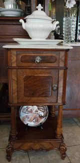 Antiques from France, Belgium, Luxembourg and Germany at reasonable prices in Stuttgart, GE