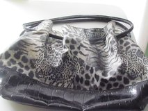 Black & White Print Purse in Orland Park, Illinois