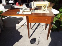 *Vintage* Sears Kenmore Model 1318 Sewing Machine in Table in Camp Lejeune, North Carolina