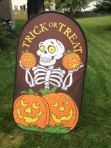 Trick or Treat Sign in Chicago, Illinois