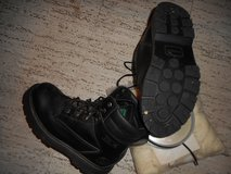 Men's steel toe safety boot in Eglin AFB, Florida