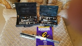 BACK TO SCHOOL:  Professional  CLARINET AND  MUSIC STAND OBO  ONLY SERIOUS BUYER PLEASE in Fort Leonard Wood, Missouri