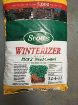 Scott's Winterizer with weed control-5000 ft in Alamogordo, New Mexico