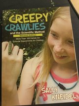 SCIENCE EXPERIMENTS CREEPY CRAWLIES USED PAPERBACK in Okinawa, Japan