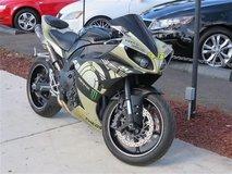 2010 Yamaha R1 Matte Gold in Camp Pendleton, California