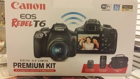 Brand new Canon Rebel T6 and much more in Palatine, Illinois
