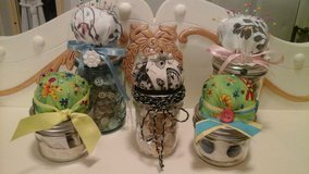 Mason Jars Filled the Vintage Buttons/Sewing Supplies Pin Cushions Made/Assembled ... in Joliet, Illinois