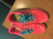 Women's Nike shoes size 7.5 in Lockport, Illinois