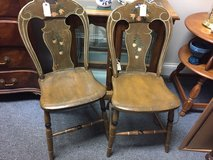 Older chair in Glendale Heights, Illinois