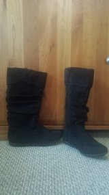 Like new Black Boots - Girls Size 4 / Women Size 6 in Naperville, Illinois