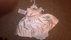 baby girl NEW dress and pants 6 months £5 in Lakenheath, UK