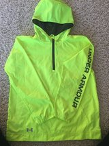 Girls UnderArmour Pullover-Youth Medium in Chicago, Illinois