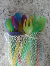 Toddler forks and spoons in Alamogordo, New Mexico