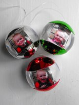 """NWT! Umbra """"RED"""" Fotoball Multi Photo Picture Frame Ornament in Naperville, Illinois"""