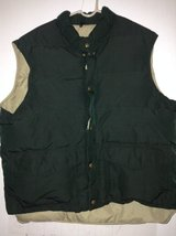 Warm Vest Size XL in Joliet, Illinois