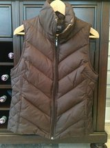 Women's Kenneth Cole Reaction Down Vest - Brown Size M (6-8) in St. Charles, Illinois