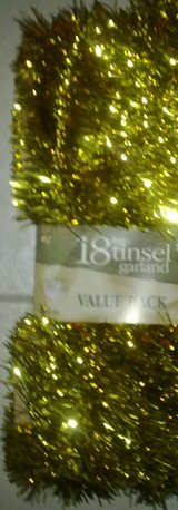New - 18' Gold Tinsel Garland - Great Party/Birthday/Anniversary Deco in Ramstein, Germany