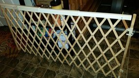 Evenflo Retractable Baby Gate in Clarksville, Tennessee