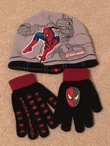 Spider-Man hat (reversible) and glove set in Batavia, Illinois
