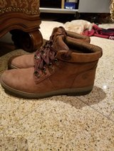 Timberland boots brown women in Lockport, Illinois