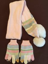 Gymboree Scarf & Gloves Girls Sz5-7 in Okinawa, Japan