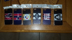 NIB NFL Phone Case Covers for Iphone 5 in Fort Bliss, Texas