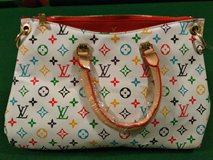New LV Bags in Fort Campbell, Kentucky