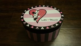 Minnie Mouse Musical Jewelry Box in Fort Lewis, Washington