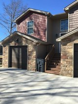 ** Townhome w/Garage in Fort Campbell, Kentucky