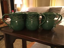 6 Holiday Mugs in St. Charles, Illinois