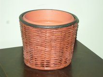 basket planter 6.5h x 7.5w in Aurora, Illinois